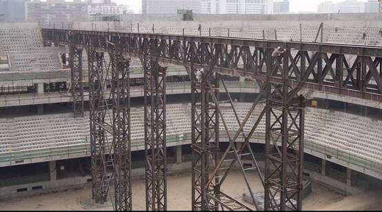 《五棵松体育馆屋盖钢结构滑移》(连载 四)