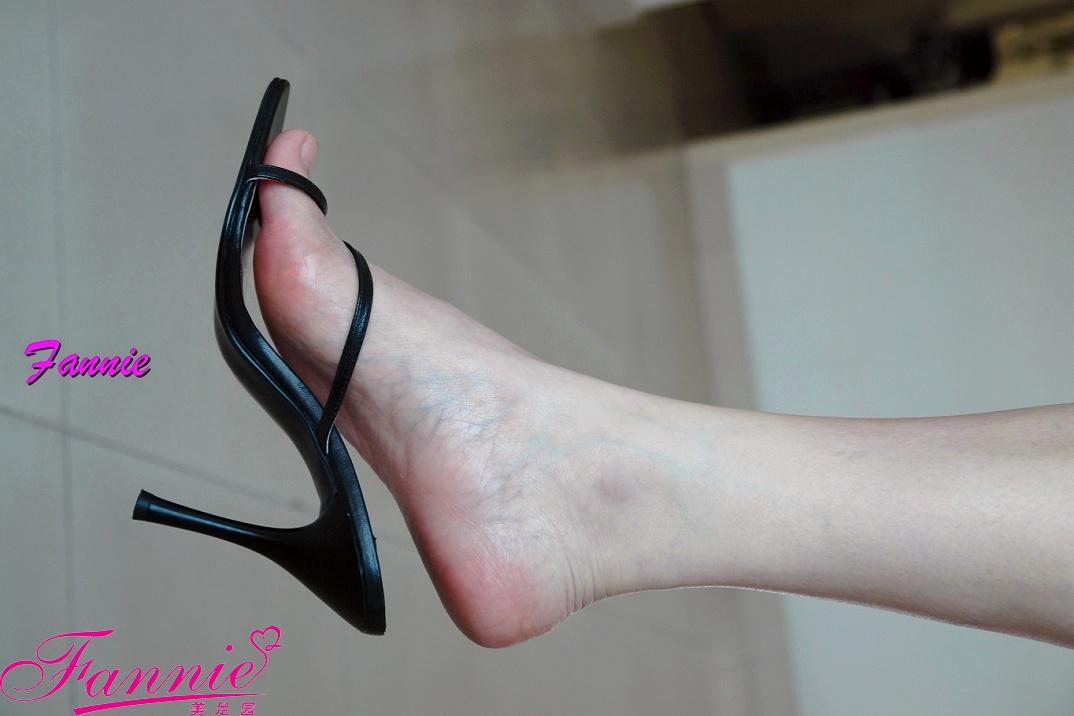 【极致高跟魅惑】== 静。香 == - 喜欢光脚丫的夏天 - 喜欢光脚丫的夏天