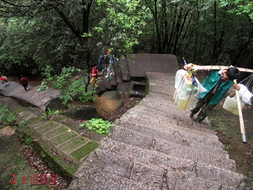 (原创)迷失的幸福 - 高山长风 - 亚夫旅游摄影博客