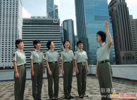 军人图片----今年招收的漂亮驻港女兵 - 披着军装的野狼 - 披着军装的野狼