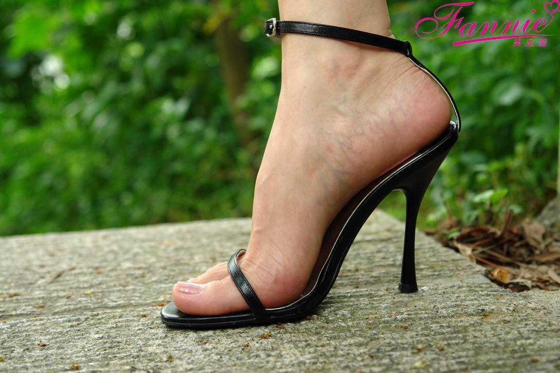 极致高跟魅惑 五 - 喜欢光脚丫的夏天 - 喜欢光脚丫的夏天