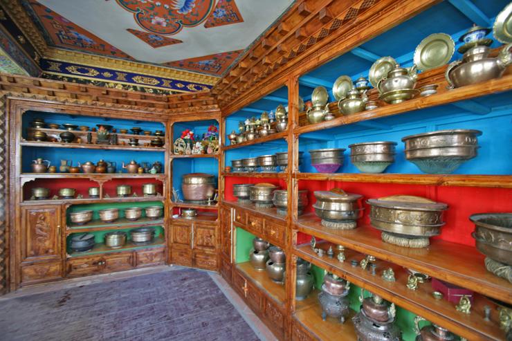 [原创]大美青海---藏民族厨具 - 天之路 -