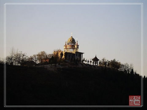 [原创]登五泉岭 - 枫林晚 - 六然居