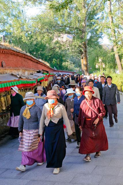 萨嘎达瓦节:拉萨上空太阳出现神奇光环 - 阿文 - tibet52的博客