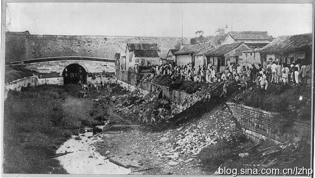老照片记录1900年八国联军攻入北京