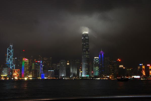 【香港篇8】香港地铁哪个细节让北京地铁变… - 行走40国 - 行走40国的博客
