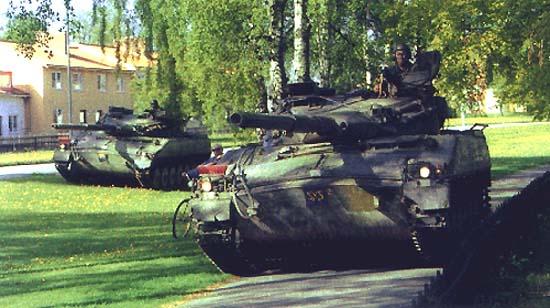 瑞典发展出IKV-91-105型坦克歼击车(图)