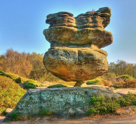 (原创)七绝 访大漠孤烟《世界上最疯狂的石头》 - 朝阳的日志 - 网易博客 - 塞北雪 - 塞北雪的博客