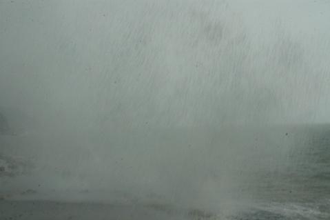 杨梅坑观海潮 - 不文 - 不文