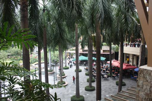 马尼拉的购物中心更有意思(图) - 徐铁人 - 徐铁人的博客