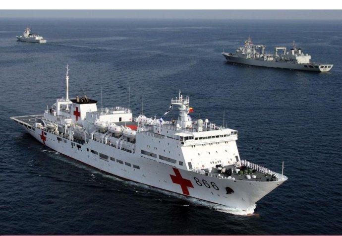 中国海军第一位女操舵兵驾船亚丁湾(组图)