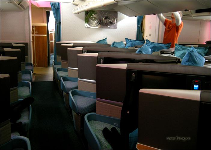 旅行经验:国泰航空波音747最新商务舱 · 上 (Cathy Pacific Boeing B747客舱介绍) - 天外飞熊 - 天外飞熊