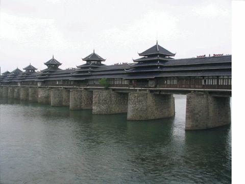家乡风雨桥