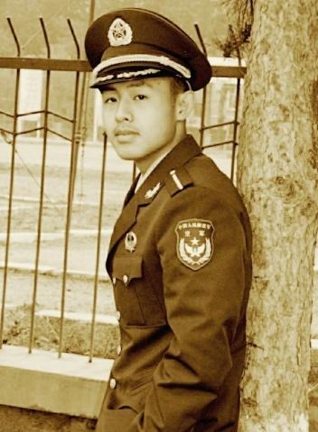 军人相册----空军小学员 - 披着军装的野狼 - 披着军装的野狼