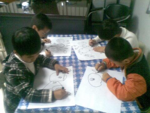 月亮姐姐 - rqsy2008 - 融侨元洪锦江幼儿园的博客