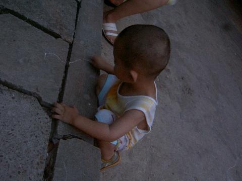 引用 三岁前如何安排美术活动?(2岁儿子涂鸦) - ZENKI - ^ ^