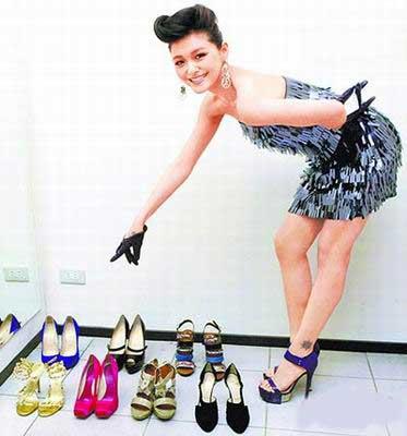 """20090110 大S""""恋鞋癖"""" 家中近400双鞋价值千万 - juby..☆..°.° - ☆.じ☆ve?°熙媛"""