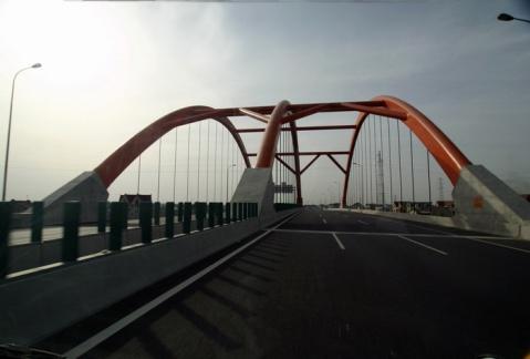 [组图] 看交通以无量智慧接引道人(3)东海大桥及洋山港 - 路人@行者 - 路人@行者