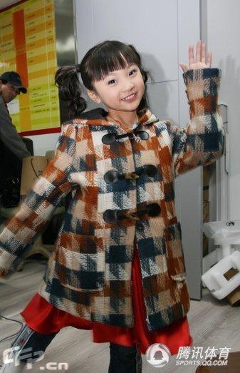 组图:林妙可再度携手林志玲 亮相闽南话春晚 - 旷野流星 - 旷野流星的博客