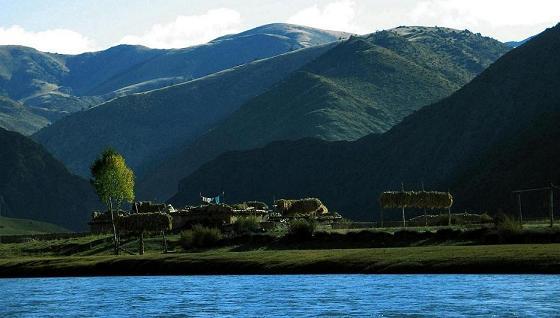 我的川藏行.村庄在水一方 - 风中之剑 - 自由的天宇