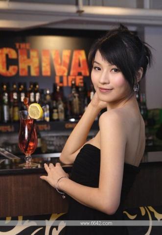 【夜生活---酒吧小色妹真诱人】 - 何工 - 学习、社交、生活保健、摄影