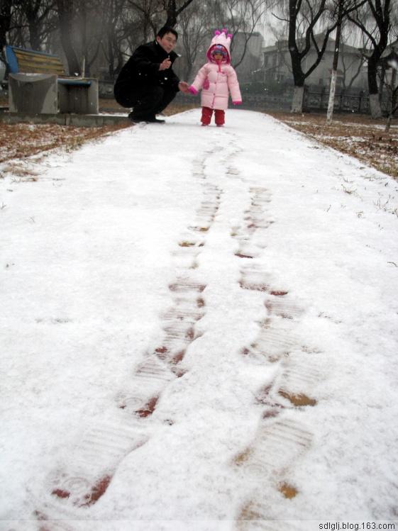 雪花飘飘开心笑(海量图片陆续上传) - 开心 - 开心的日子
