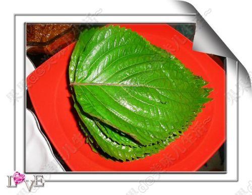 培根的另类吃法--培根紫苏叶卷儿~ - 果果的日