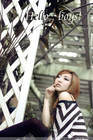 hello boys!室外黑白灰写真 - 季候风摄影工作室 - 广州季候风婚纱摄影|广州婚纱摄影工作室