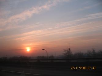 太阳照常升起 20081122