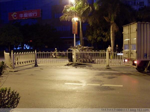 [原创]车祸很惨烈,敬爱的交警在哪里?(附20张现场照片) - 朱哥哥 - 朱哥哥荒腔走板的江湖