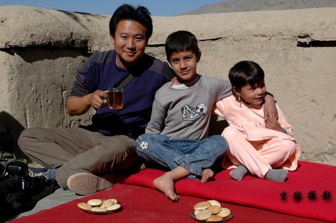 做客喀布尔贫穷孩子的家里 - Y哥。尘缘 - 心的漂泊-Y哥37国行