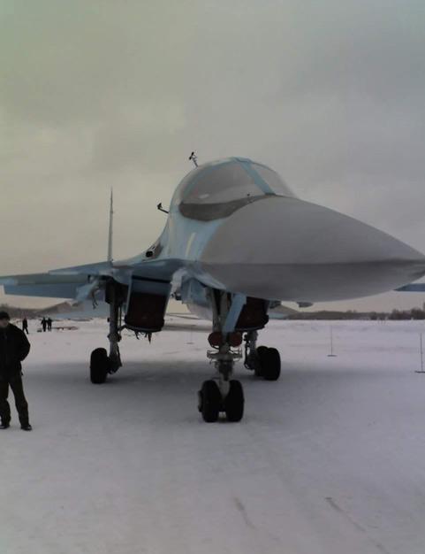 俄空军最新型苏-34前线战斗轰炸机全解析(组图)