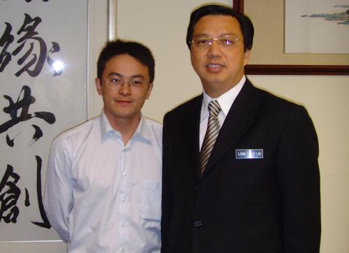 今天,网易重新开博 - zhou.bin2000 - 周斌的博客——通向奴役之路