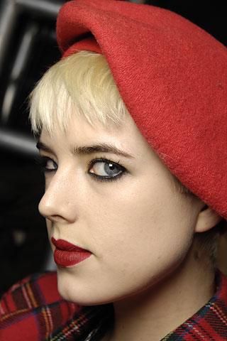 Agyness Deyn  瞧瞧她的发型 - 暖暖 - 最好的时光