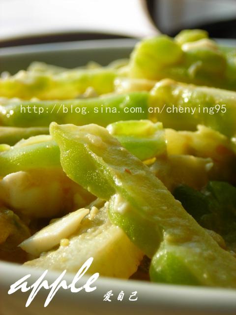 苦瓜不苦的吃法:瘦身美味两不误的咸蛋炒苦瓜 - 可可西里 - 可可西里