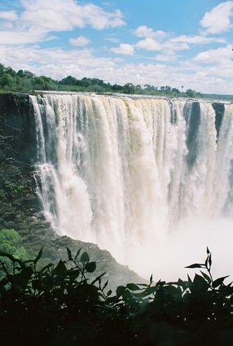 让你震耳欲聋的全球最壮观瀑布是啥样? - 行走40国 - 行走40国的博客