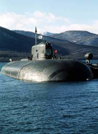 世界最强大俄军奥斯卡II型核潜艇亮出全部反舰导弹 - wuwei1101 - 西花社的博客