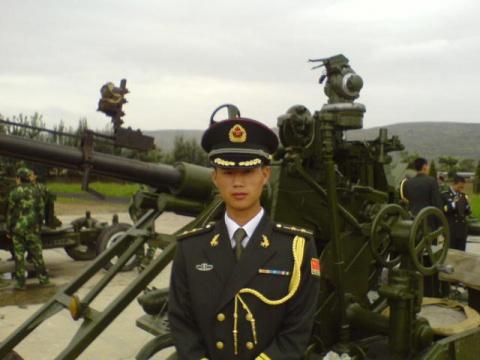 军人相册----炮兵中尉 - 披着军装的野狼 - 披着军装的野狼