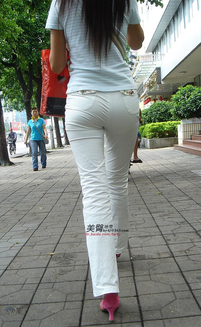 完美身材的白裤美女,圆润饱满的臀部绷的好紧.7P - 煜杰 - 煜杰的博客