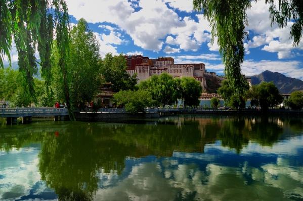 [原创]西藏记忆之三.拉萨布达拉宫 - 雪山老人 - 雪山老人的博客