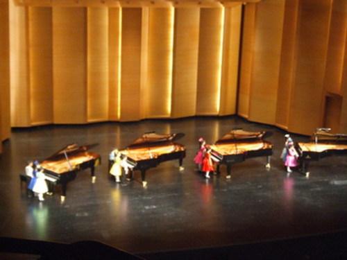 钢琴花朵春天绽放 - liuyj999 - 刘元举的博客