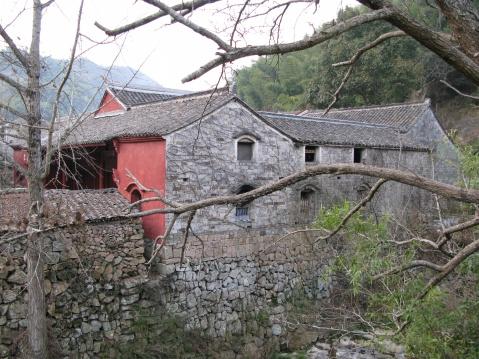 石井龙潭 - 江村一老头 - 江村一老头的茅草屋