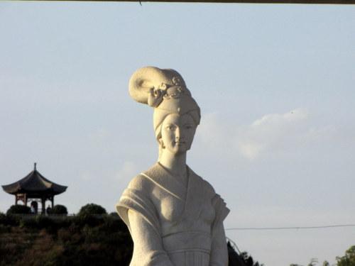 18025    出塞的女人 - 一云吉亚 - 一云吉亚的博客
