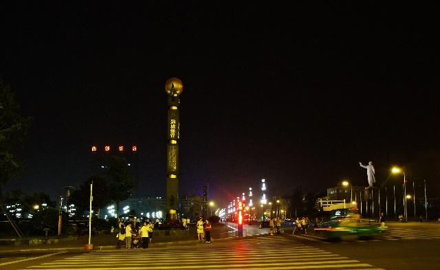 游成都锦里和天府广场--成都游之四 - 侠义客 - 伊大成 的博客