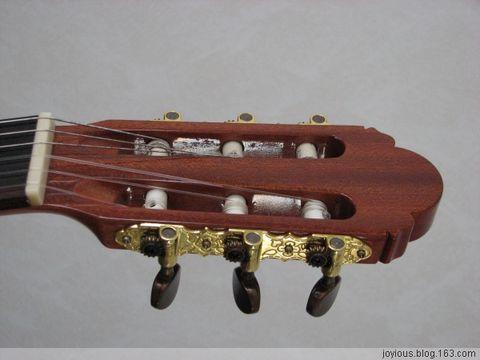 秀一下新买的吉他和曾经的南瓜 - joyious - 小何来露尖尖角