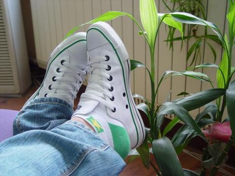 【图】性感的运动鞋与白袜子