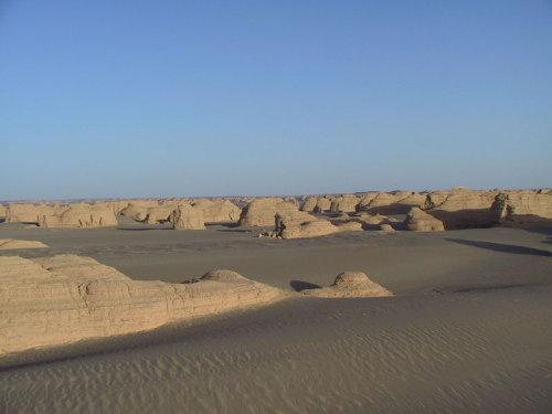 图文:横穿罗布泊日记之三:车陷库姆塔格沙漠(卫星电话连线) - 赵亚辉 - 赵亚辉