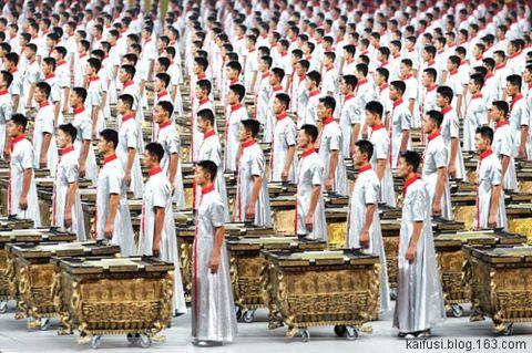佛·禅·与谦德 - 惭愧尼释中庆 - 不为自己求安乐,但愿众生得离苦。