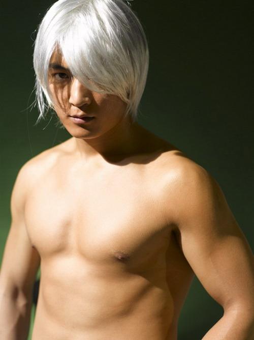 帅哥男模郑鹏飞的白发前卫性感造型 - rjxkfi258 - rjxkfi258的博客
