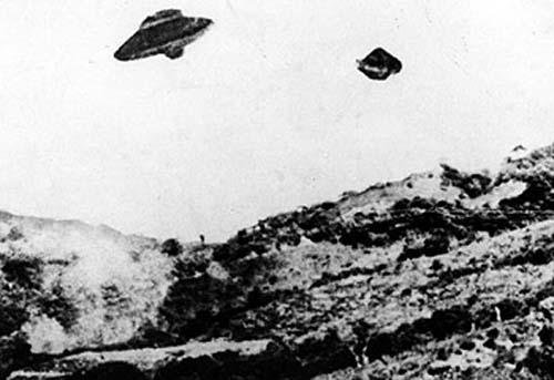 罗斯威尔揭秘:外星人真实存在  - 外星人给地球的忠告*2012年真的会发生 - UFO外星人不明飞行物和平天使2012